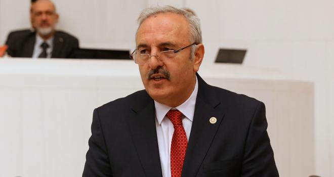 """Yaşar: """"Deprem Islık Çalıyor"""""""