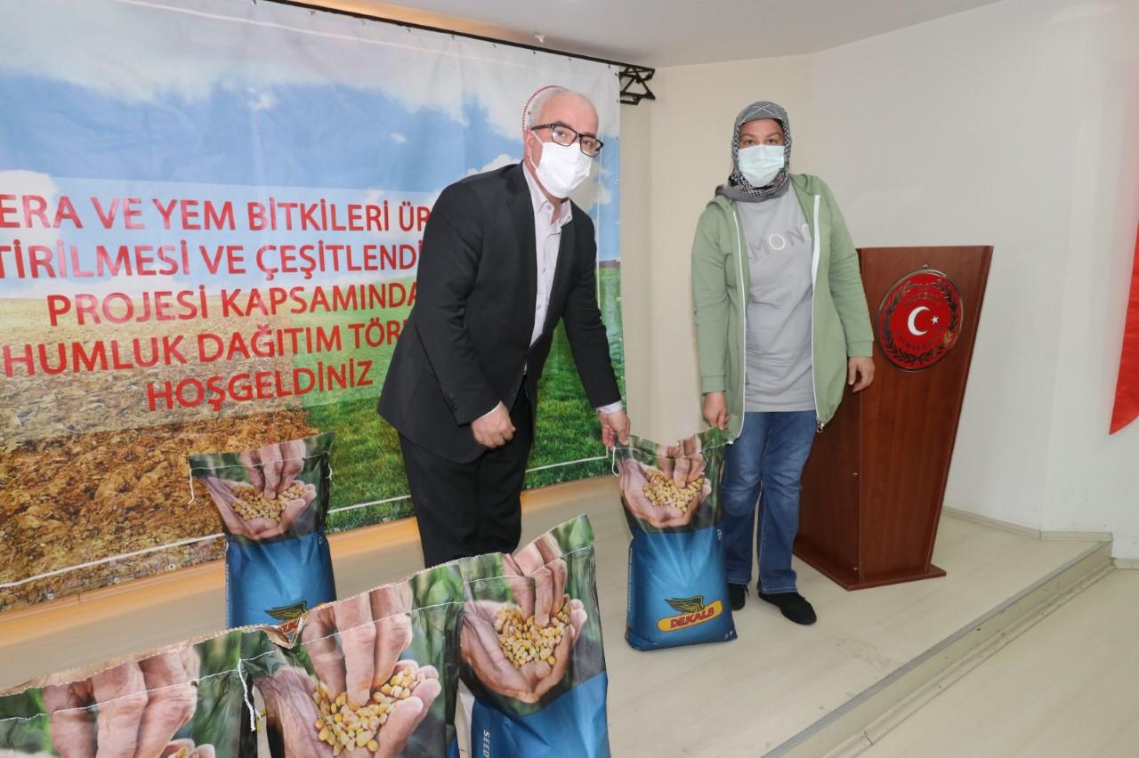 Tekkeköy Belediyesi Çiftçinin Yanında!